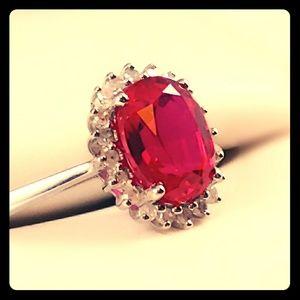 👀❤️Host Pick❤️👀10kt White Gold Ruby Ring